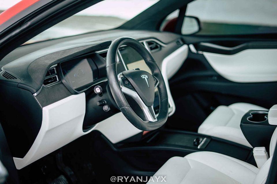 2017 Model X 90D full