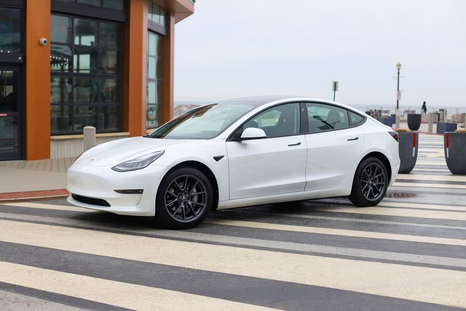 2021 Model 3 Long Range AWD full