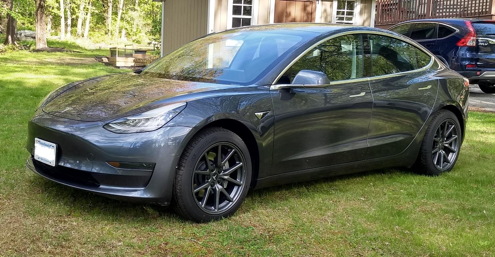2020 Model 3 Standard Range Plus RWD full