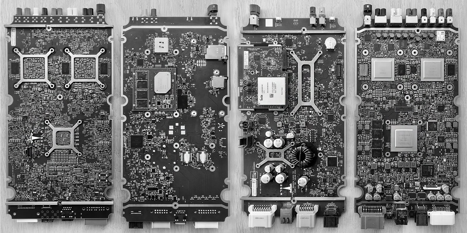 Tesla HW2.5 module and Infotainment Board from a Model 3