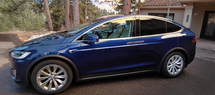 Tesla Model X 75D Deep Blue Metallic