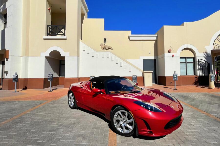 Tesla Roadster Radiant Red